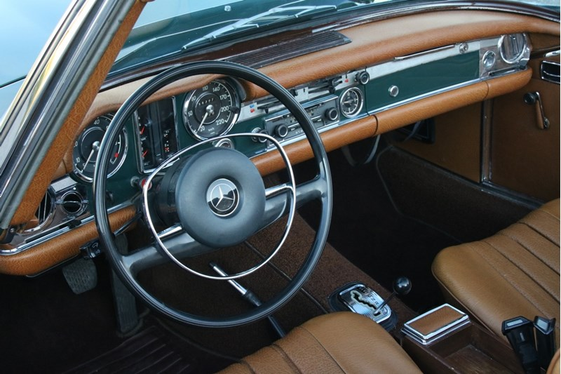 Interieur Mercedes Benz 280SL Roadster Automaat '72
