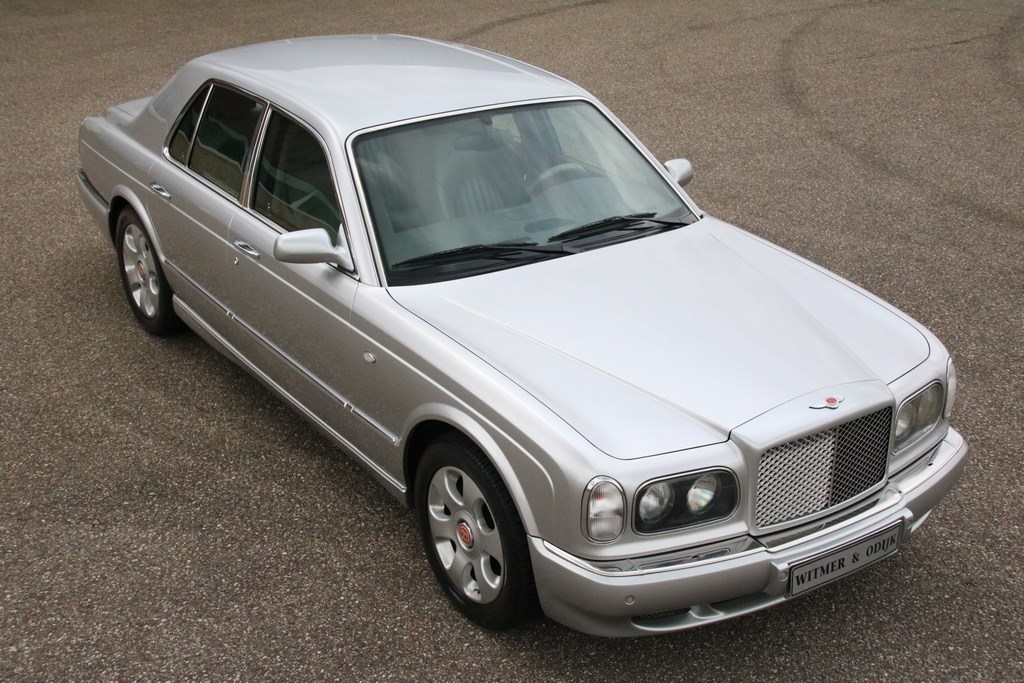 Exterieur Bentley Arnage Red Label '00 83.000km €34.950,-