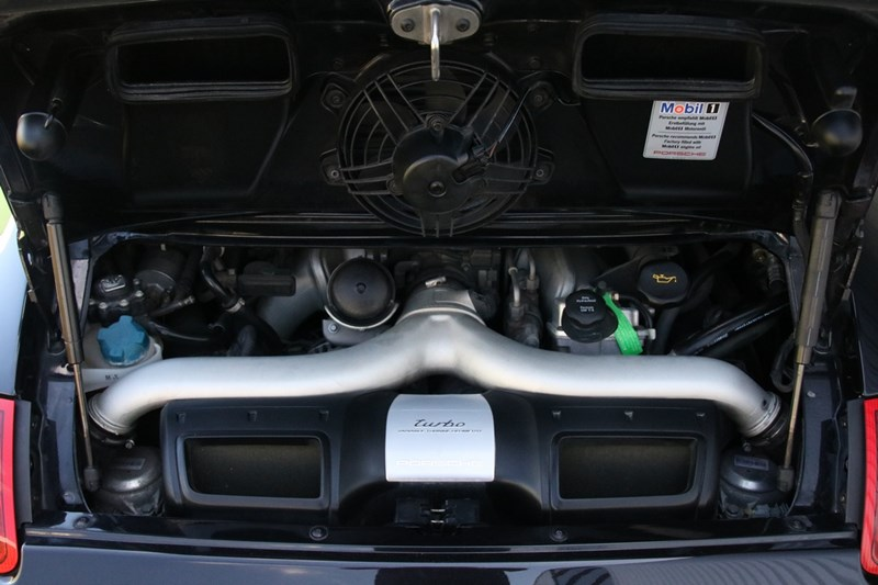 Motor Porsche 997 Turbo Coupe manual '06 53.000km btw-auto