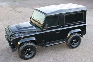 Land Rover Defender Triple Black Edition '11 106.000km