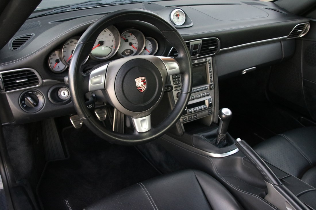 Interieur Porsche 997 Carrera 4S Coupe manual '07 82.000km €45.997,-