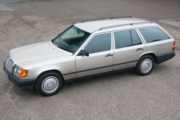 Mercedes Benz 200TE '86 remarkably original, AC 131.000km €12.950,-