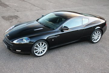 Aston Martin DB9 Coupe '04 65.000km €49.950,-