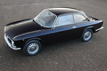 Alfa Romeo 1300GT Junior '71 €29.950,-