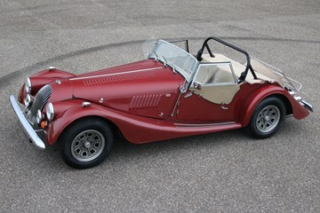 Morgan Plus 8 '78 €42.950,-