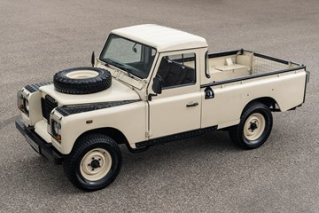 Land Rover Series III Pickup '78 6 cyl. petrol €19.950,-