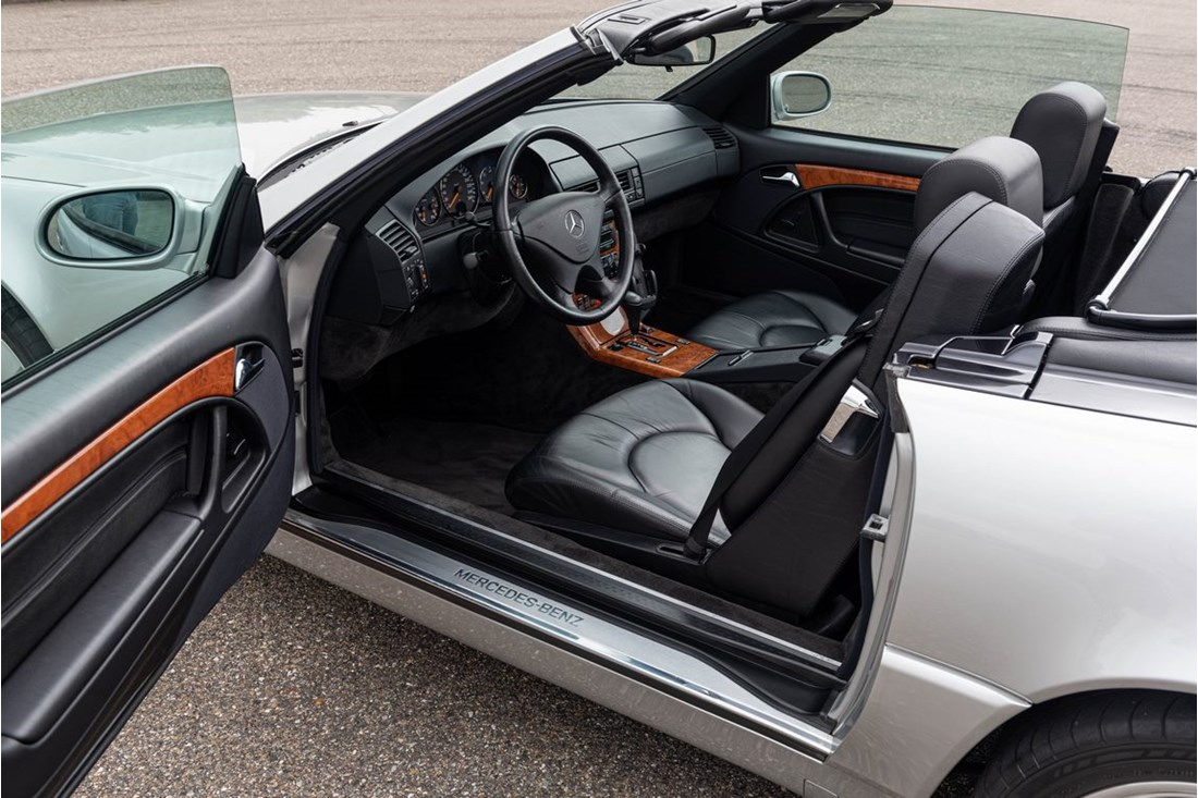 Interieur Mercedes Benz 320SL R129 Final Edition '99 55.000km €29.950,-