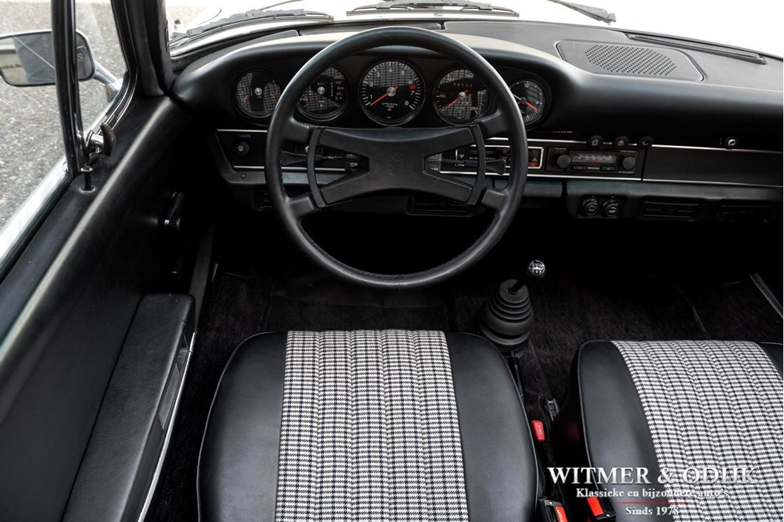 Interieur Porsche 911 2.4T CIS Targa '73 Matching Numbers €99.911,-