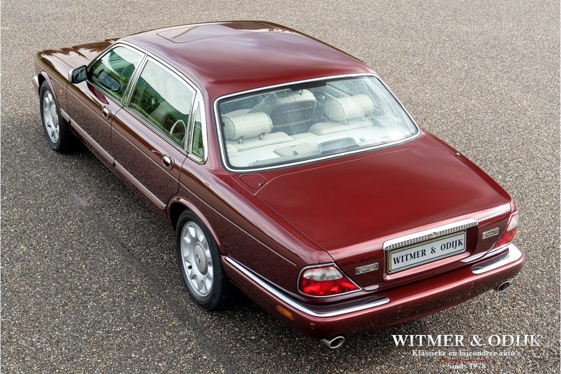 Exterieur Daimler Super V8 Long Wheel Base '99 117.000km NL-Auto 1 Vorbesitzer
