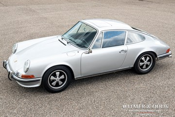 Porsche 911 2.2 S Coupe '71 volledig gerestaureerd matching numbers €136.911,-