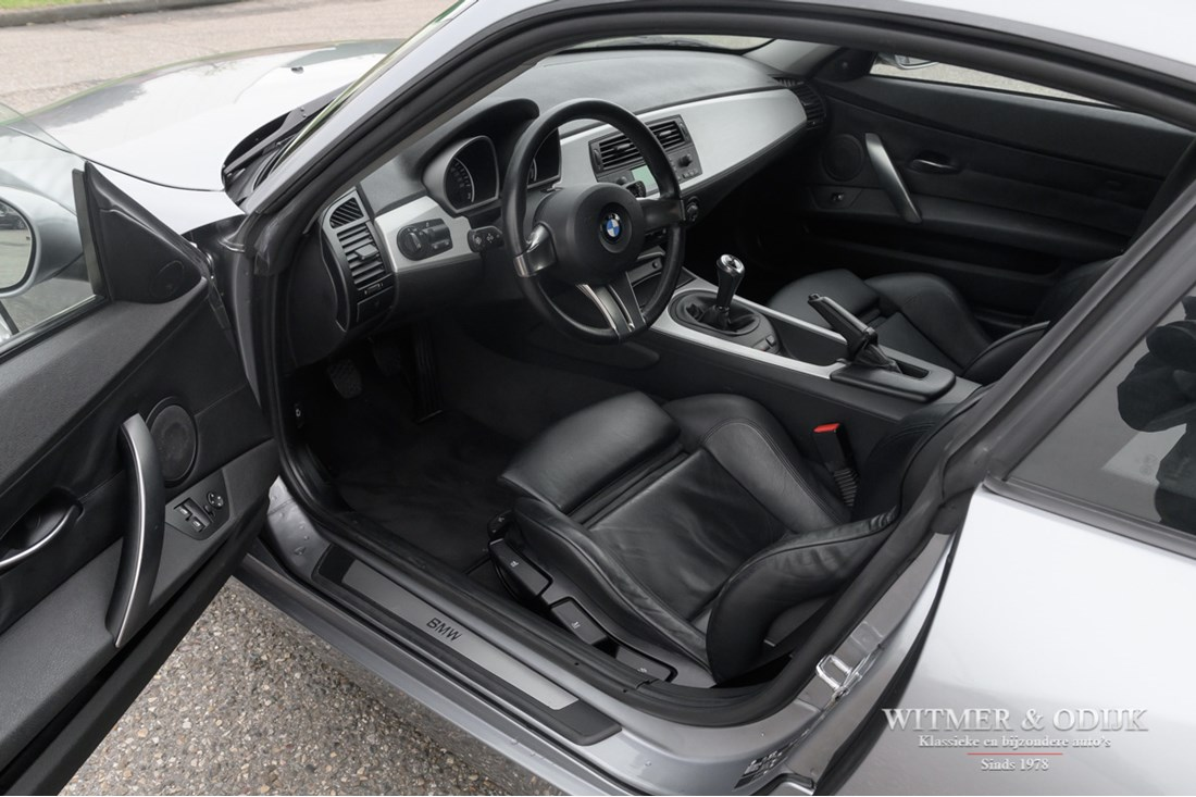 Interieur BMW Z4 3.0Si Coupe Manual '06 115.000km €22.950,-