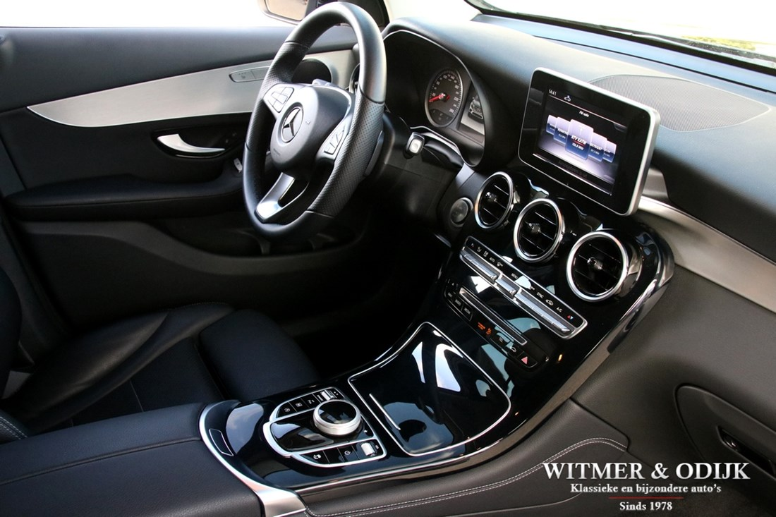 Interieur Mercedes Benz 250 GLC 4-MATIC '17 15.000km €42.950,-