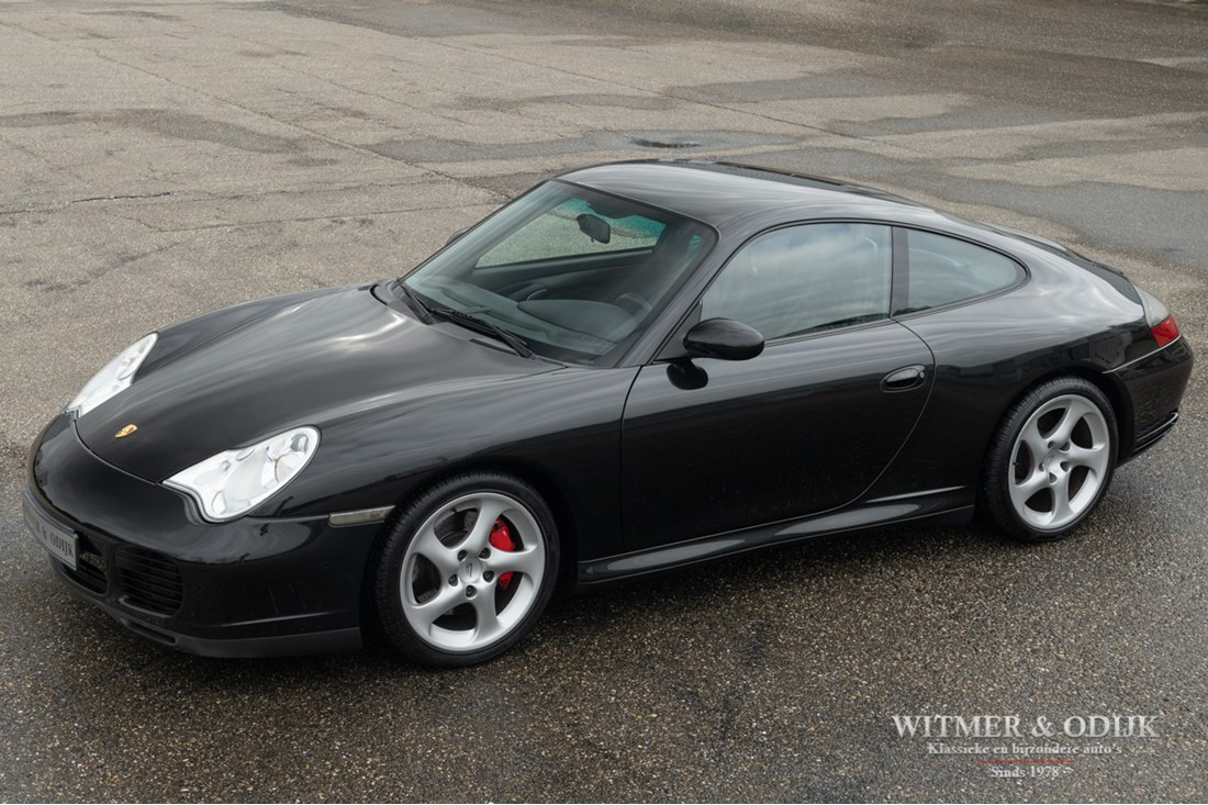 Te koop: Porsche 996 Carrera 4S Coupe Tiptronic '03 gemodificeerd €32.996,-