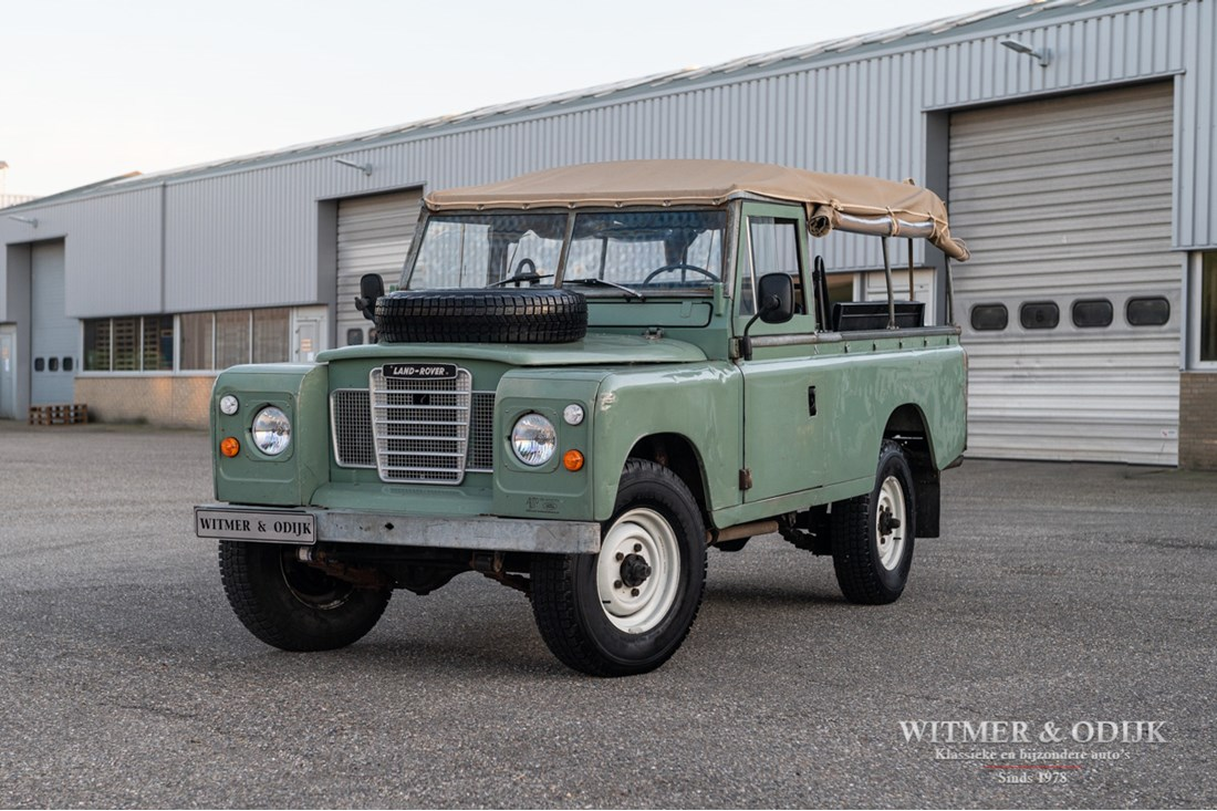 Exterieur Land Rover 109 Series III large softtop '78 benzine