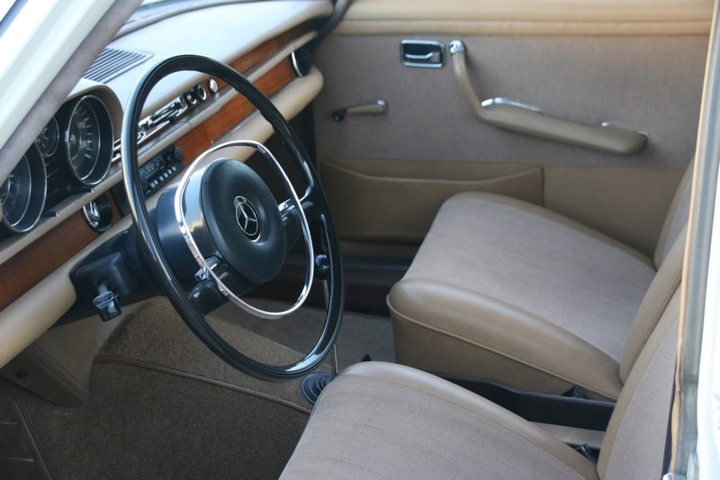 Interieur Mercedes Benz 250SE Sedan '67 €19.950,-