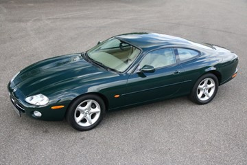 Jaguar Xk 8 Coupé '01 52.000km €24.950,-
