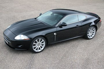 Jaguar XK 4.2 Coupé '06 75000km €31.950,-