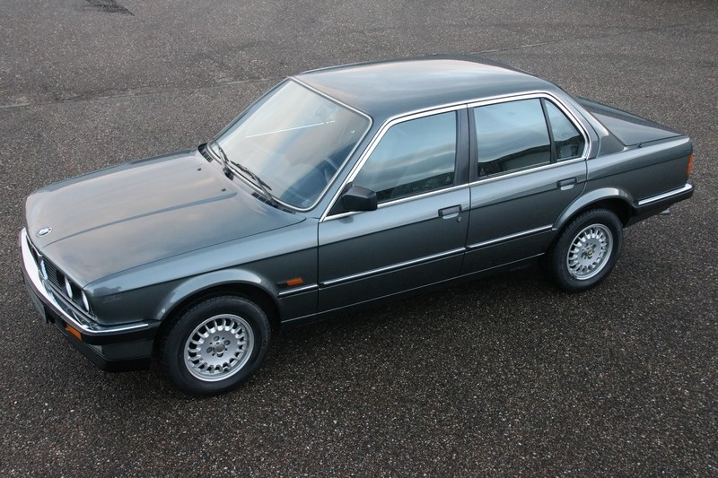 Te koop: BMW 320i Sedan manual '85 77.000km €14.950,-